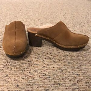 EUC Ugg fur-lined clogs